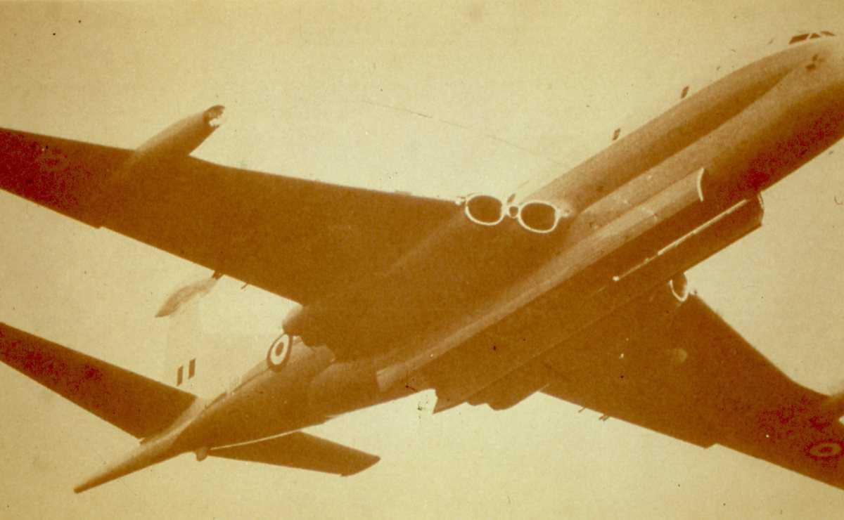 Engelsk fly av typen Nimrod.