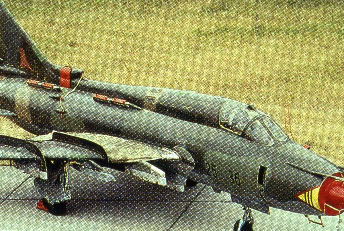 Russisk fly av typen Sukhoi Su-22 Fitter K.