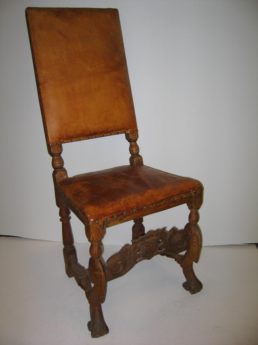 """Form: Rococo, ligner """"Benk og stol i  (23) 15: Norge"""" 155. Resturert av G.F.H."""
