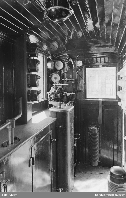 Elektrisk lokomotiv El 3 - anordning førerbord