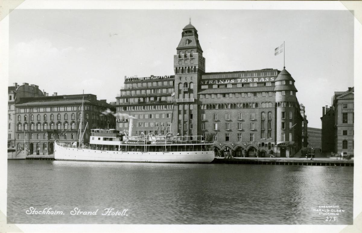Stockholm, Norra Blasieholmen. Ångfartyget Kastelholm av Stockholm liggande vid norra Blasieholmskajen.