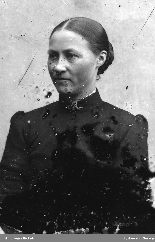 Lina Skagemo - Oline Rebekka Simonsdatter Angen Skagemo
