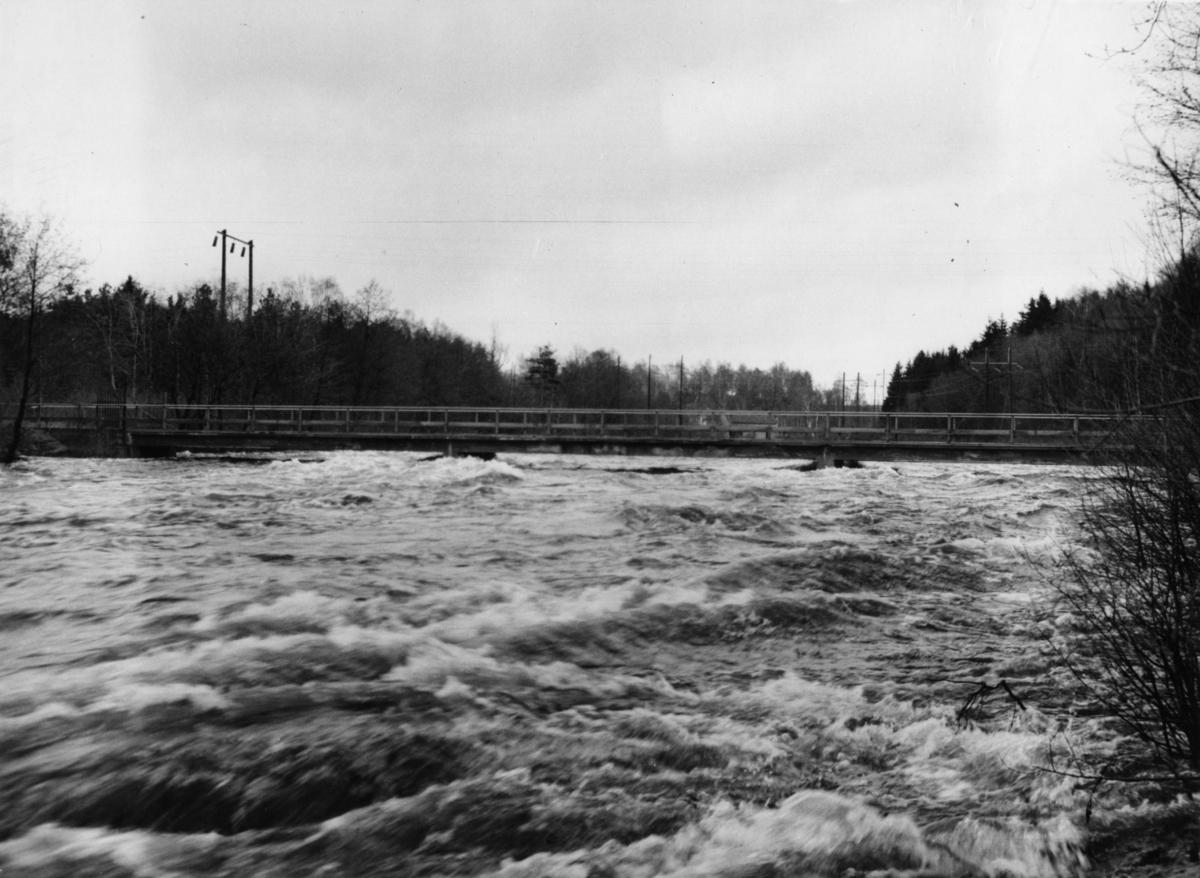 Bron över gamla älvfåran mot PÄ.