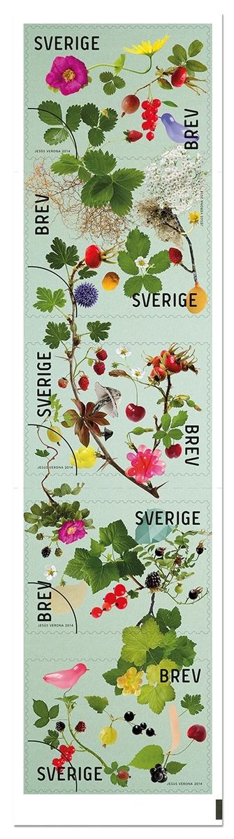Självhäftande frimärken i häfte, med tio frimärken i fem motiv. Motiven är till höstens härliga hälsningar med bär och blad. Valör inrikes brev, 7 kr.