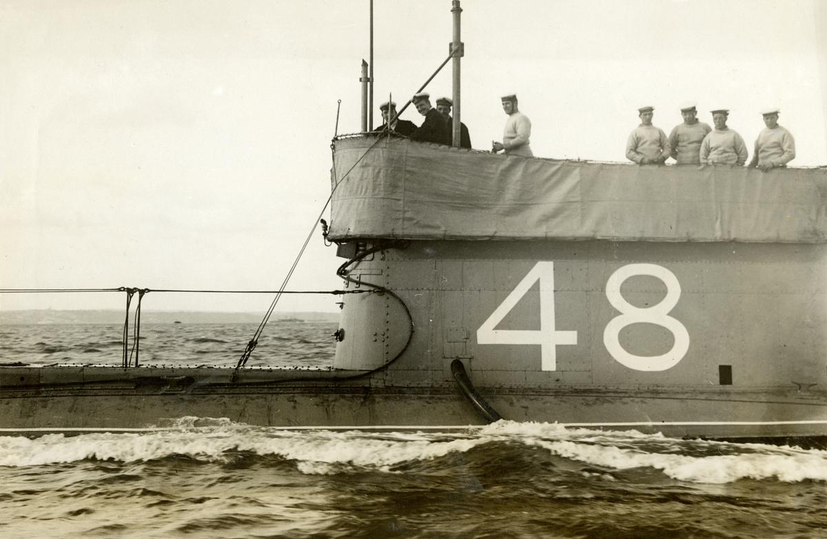 Brittisk ubåt. Vid Gibraltars redd?