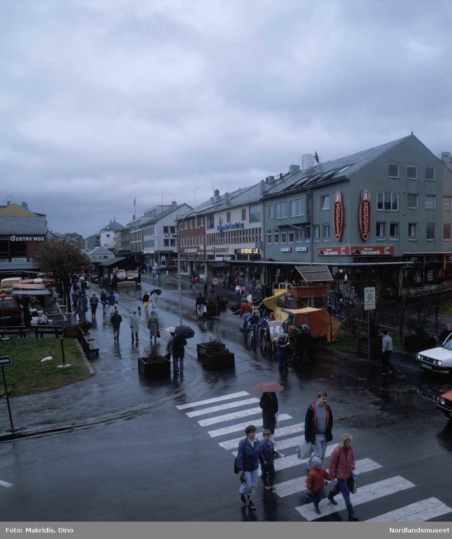 Bodø sentrum. Gågata oktober 1986