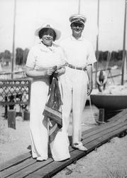 Henrik Ramsay med hustru.