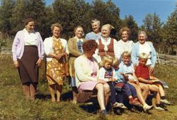 """Jonsstølane i Hemsedal i 1969. Her er det """"Kjerringlag"""" på H"""