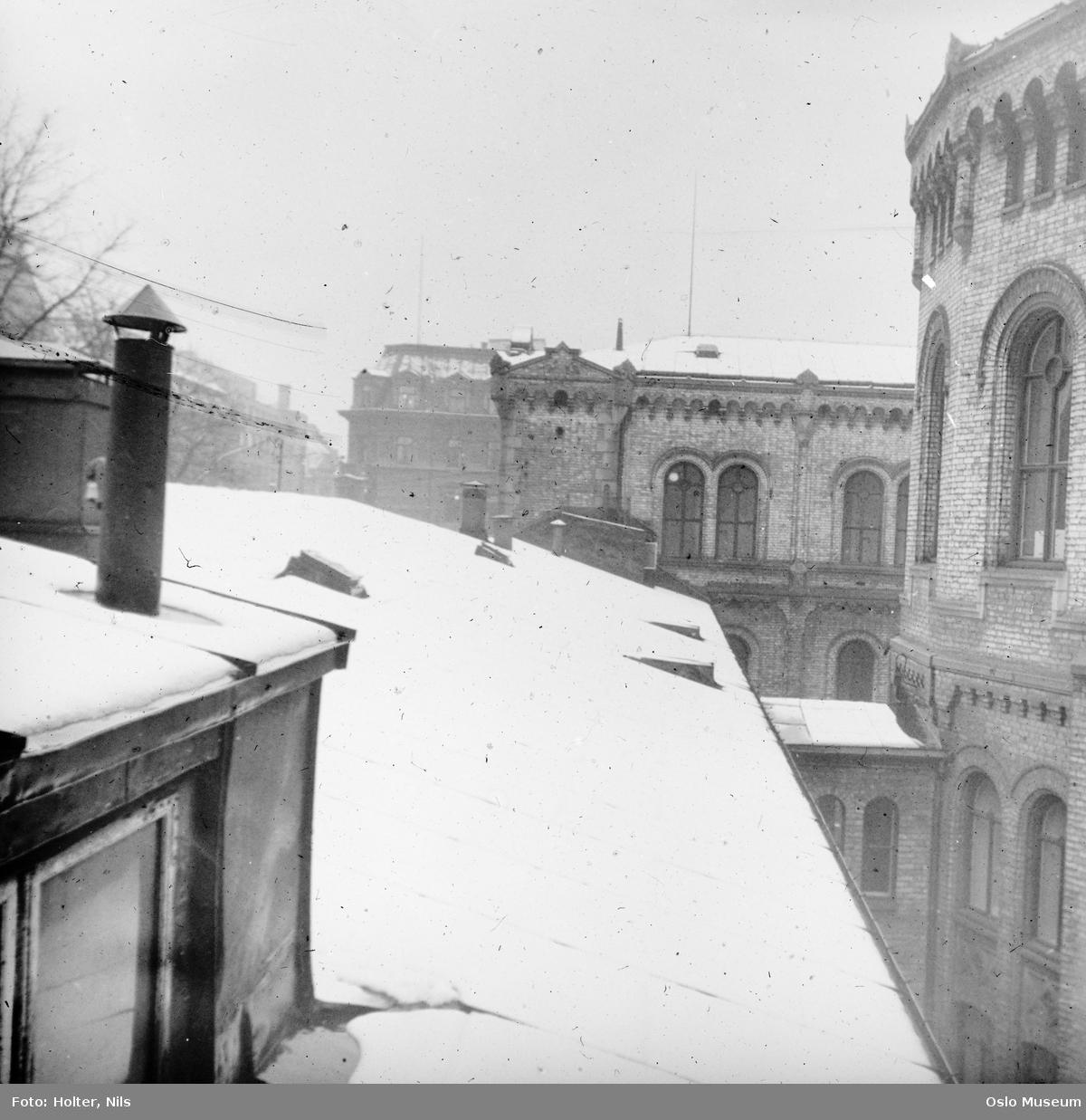 Stortingsbygningen, tak, snø