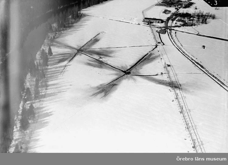 Flygfoto över Bofors, Nobelkrut, sprängning.