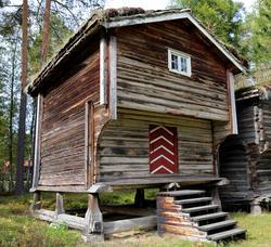 Stabbur fra Nedre Berger, Åmot (Foto/Photo)