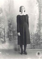 Gunhild Nyhus (f. 1925 g. Horten) Ho var fødd og vaks opp på