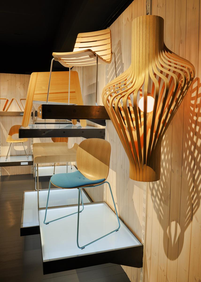 TREnd utstilling som presenterer møbeldesign, skulptur og arkitektur i tre (Foto/Photo)