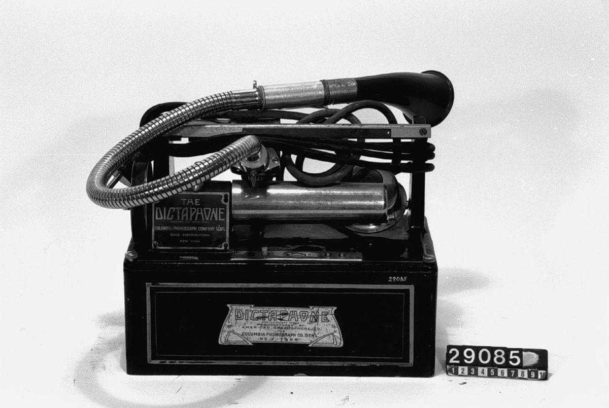 Dikteringsapparat - Tekniska Museet   DigitaltMuseum 1288a2011f93e