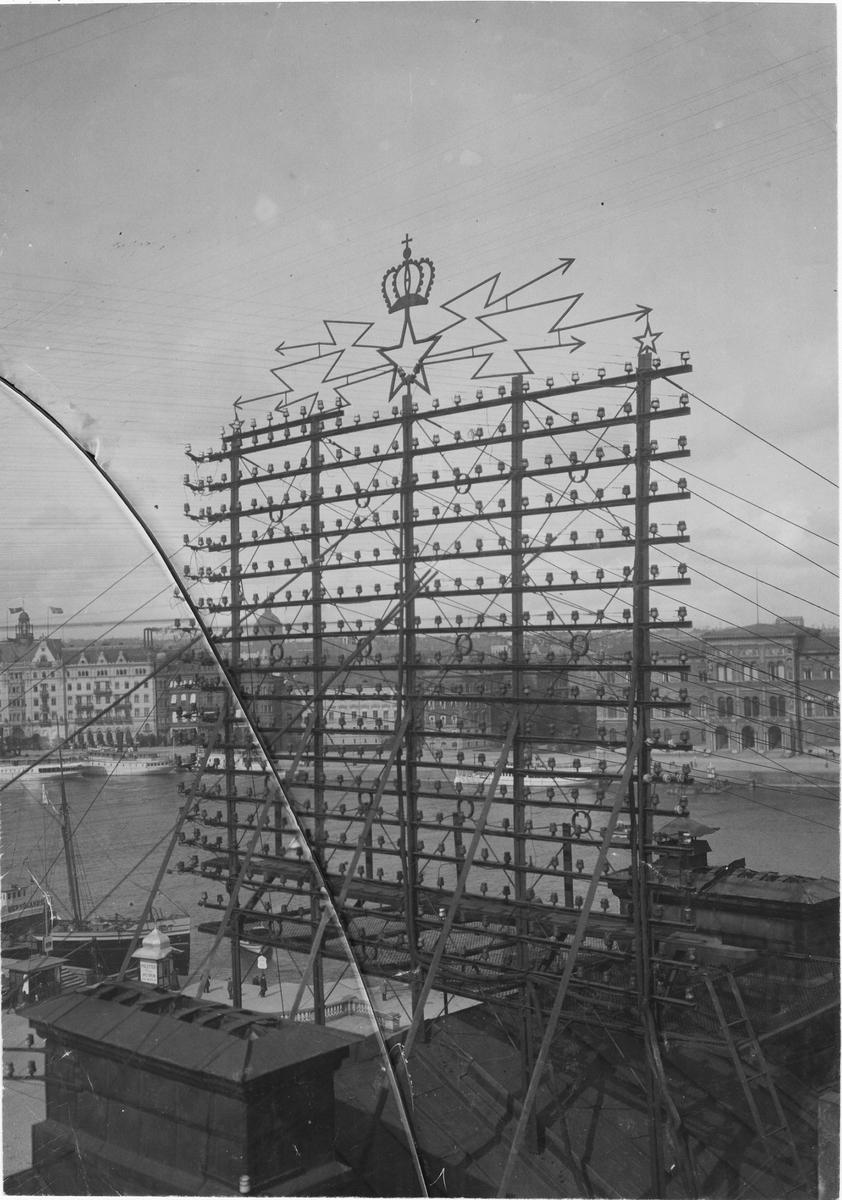 Galgar på telegrafhuset vid Skeppsbron, Stockholm 1895.