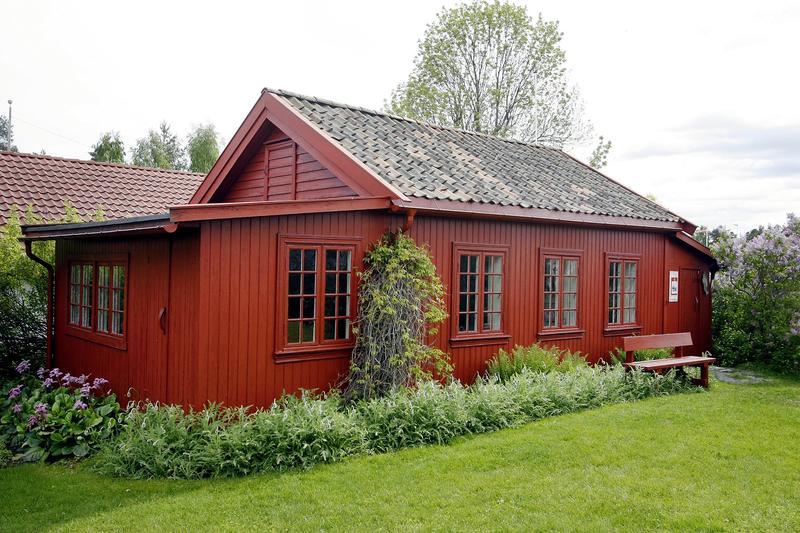 Strandsitterhuset på Konglungen er et flott sted å besøke når man er på vandretur på idylliske Konglungen.