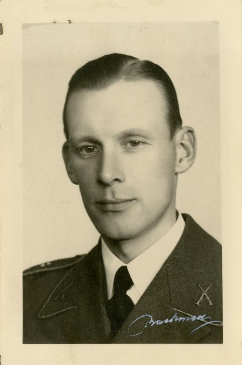 Porträtt av Edvard Emanuel Fröjd, officer vid Hälsinge regemente I 14.