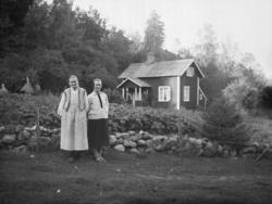 Justina Johansson på Huset och hennes dotter Ida, Krokstads