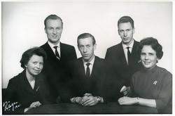 Gruppeportrett av styret i Valdreslaget i Oslo i 1960.