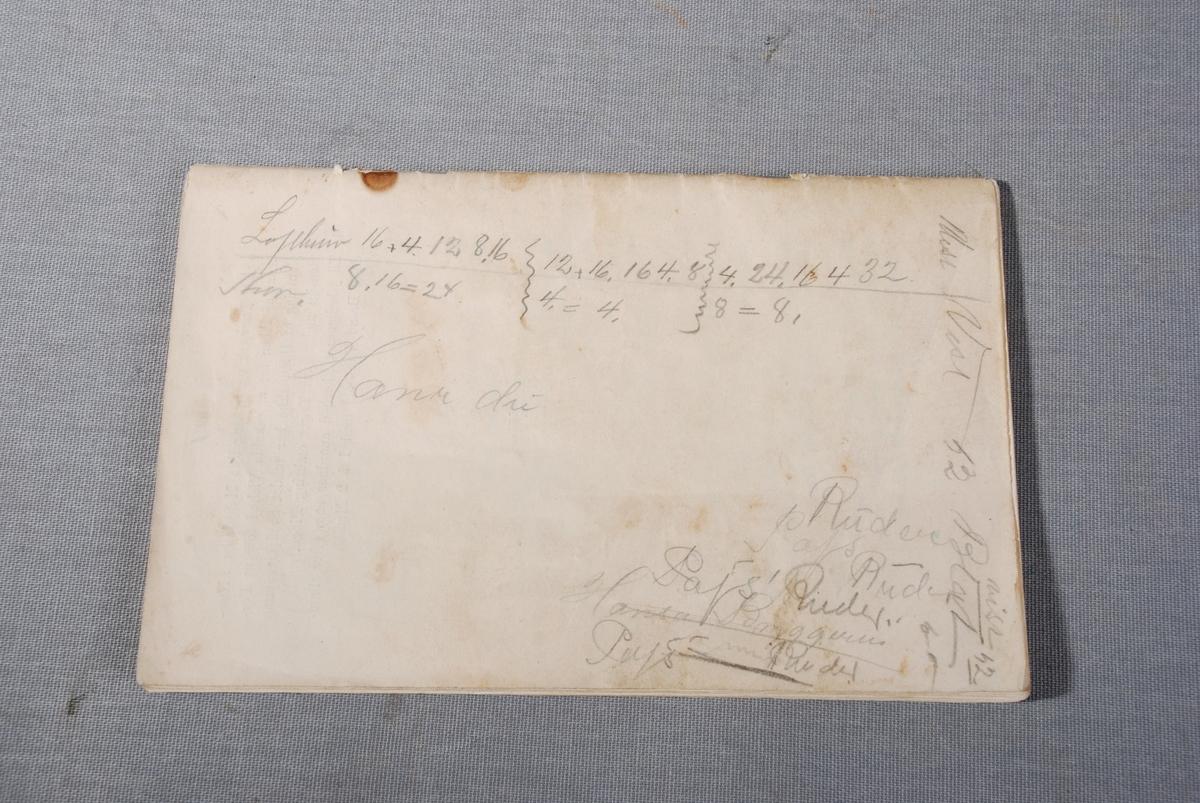 Trykt hefte med tjenestereglement for Bergens faste Brandkorps, vedtatt av Bergens Veibestyrelse den 29. mars 1897.