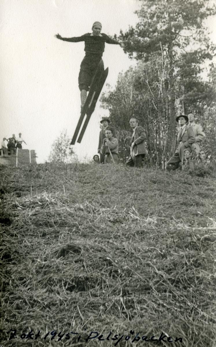 Early training at Persløkka ski jump