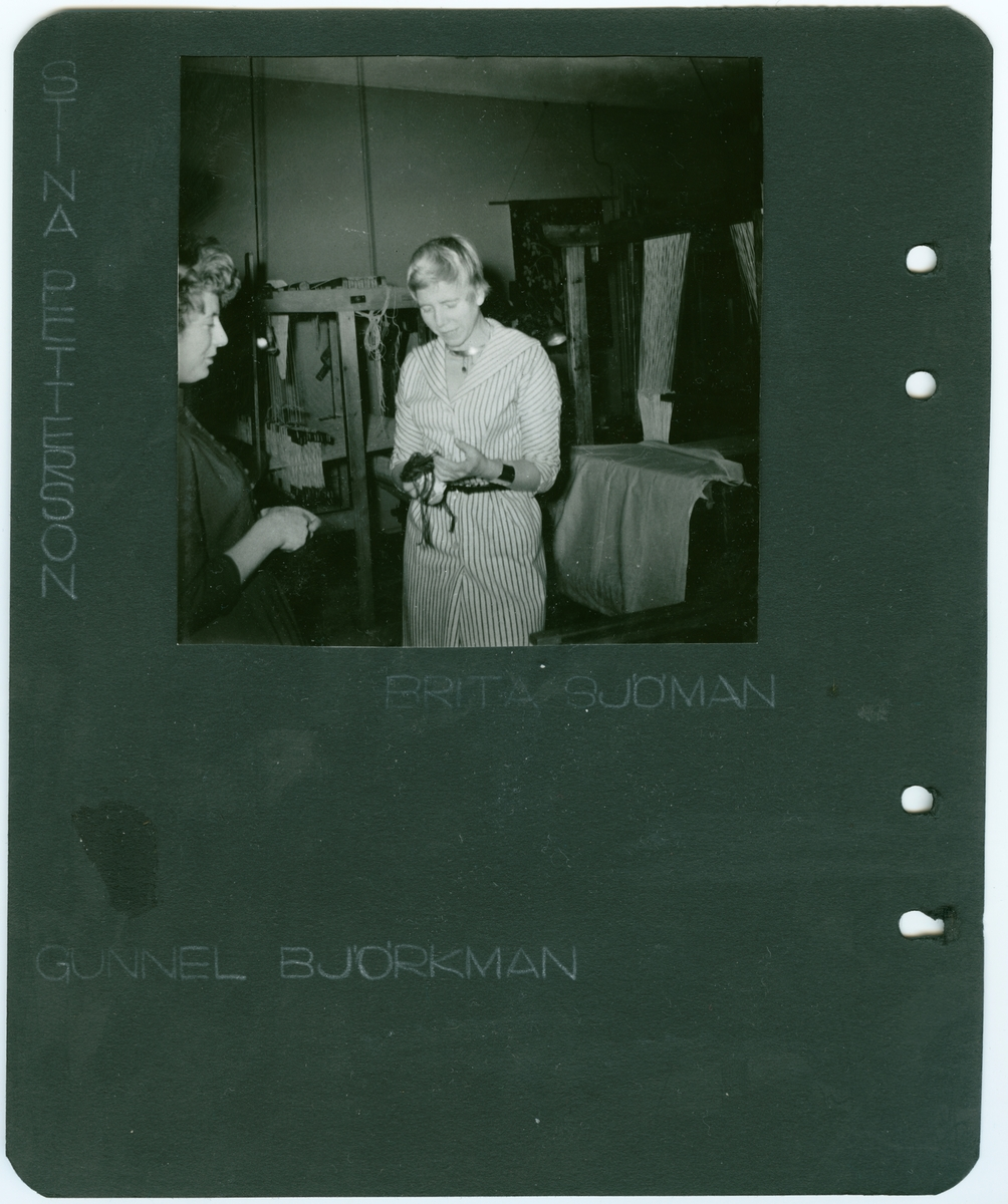 Fotoalbum, Johanna Brunssons vävskola.