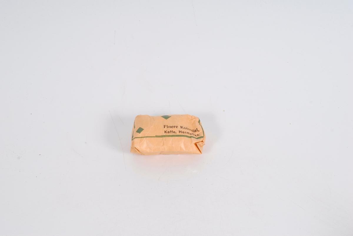 Form: rektangulære pakker, ganske tykke