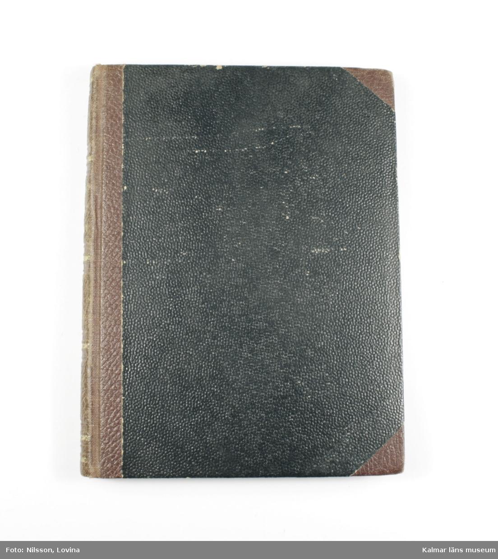 KLM 28703:20. Bok. Inbunden bok med titeln Gumors berättelser för sina snälla gubarn. Brunt omslag med text i guld. På första sidan står inskrivet: Emma Broberg.