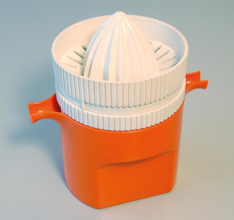 Sitruspresse i polypropen. Design Carl Arne Breger, 1967.  Foto: Thea Winther, Riksantikvarieämbetet