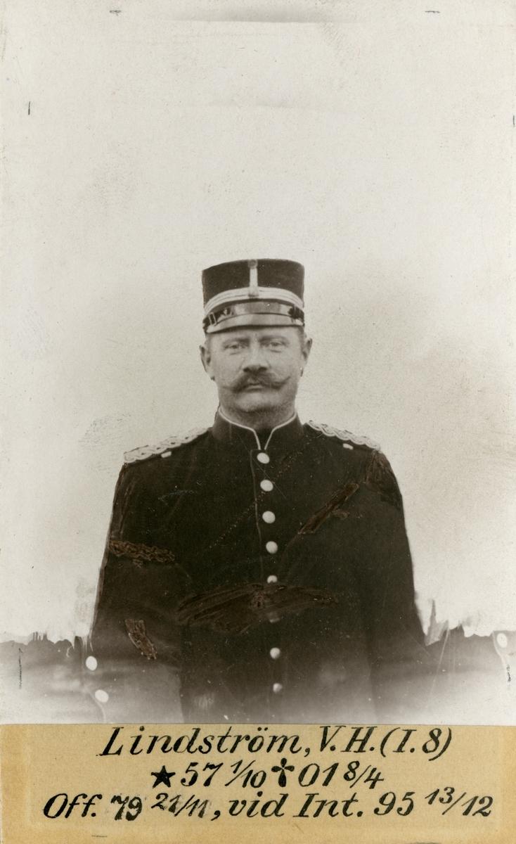 Porträtt av Viktor Hugo Lindström, officer vid Upplands regemente I 8 och Intendenturkåren.