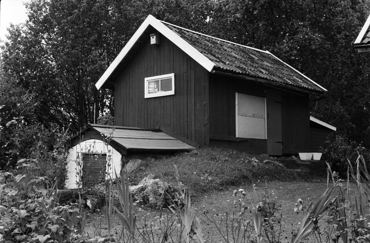 Jordkällare och bod, Järsta 8:1, Anneberg, Tensta socken, Uppland 1978
