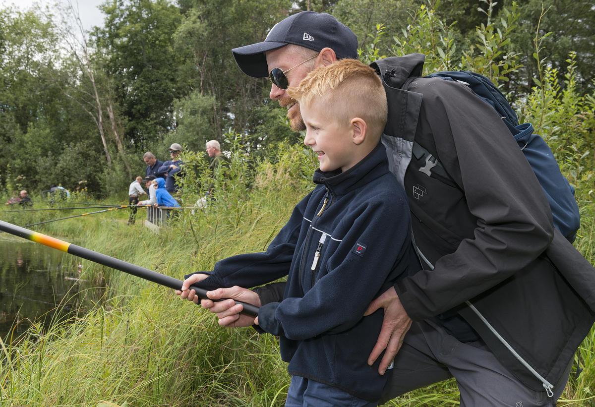 Fisking i fiskedammen under De nordiske jakt- og fiskedager 2016.
