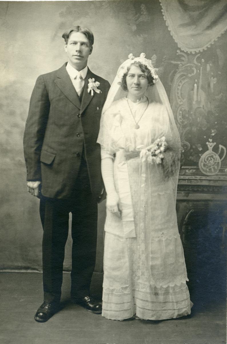 Brudeparet Anna og Thorvald Høneren.