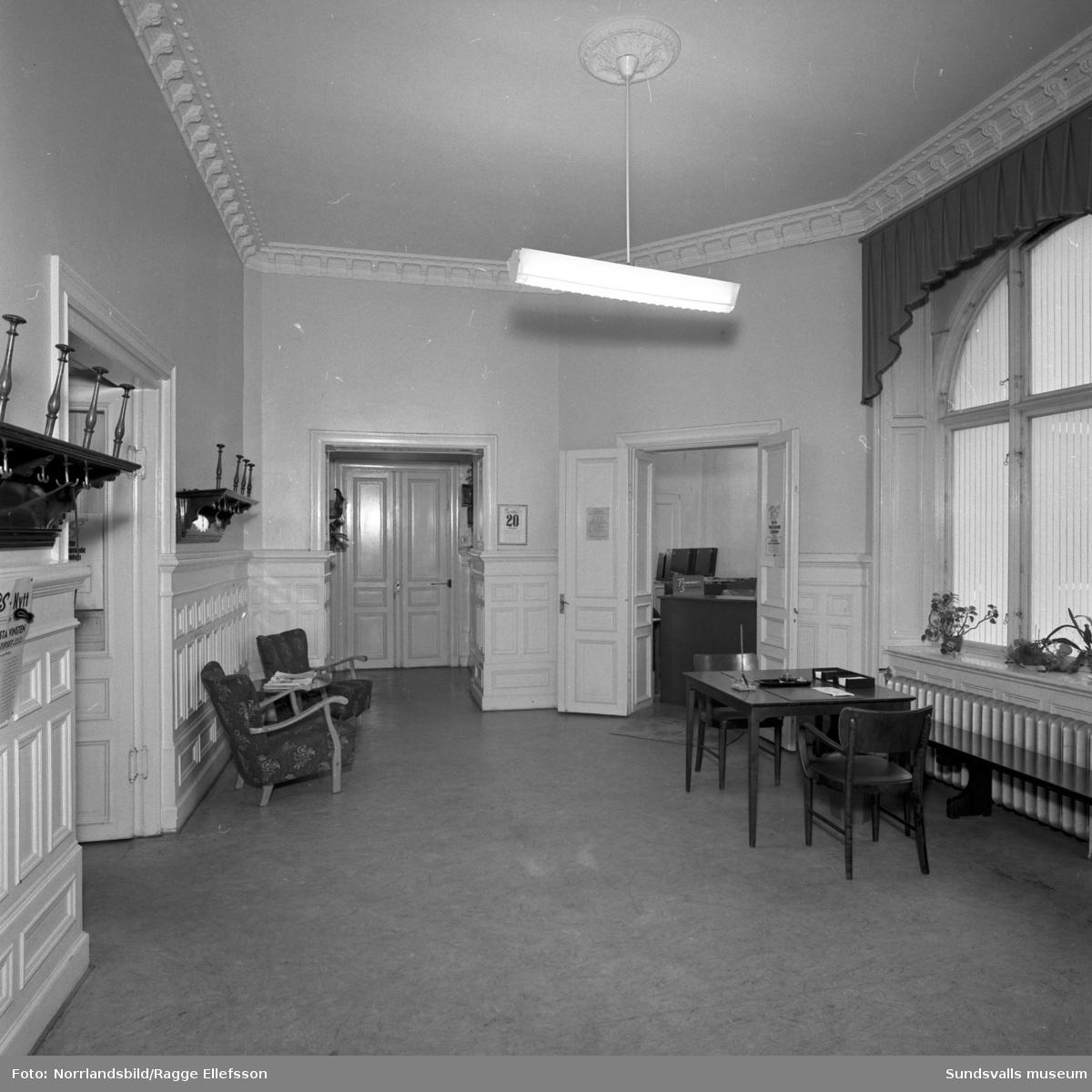 Sundsvalls Sparbank vid Esplanaden, interiörbilder.