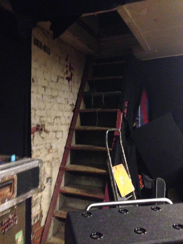 Endless Tinnitus Studio - trappen