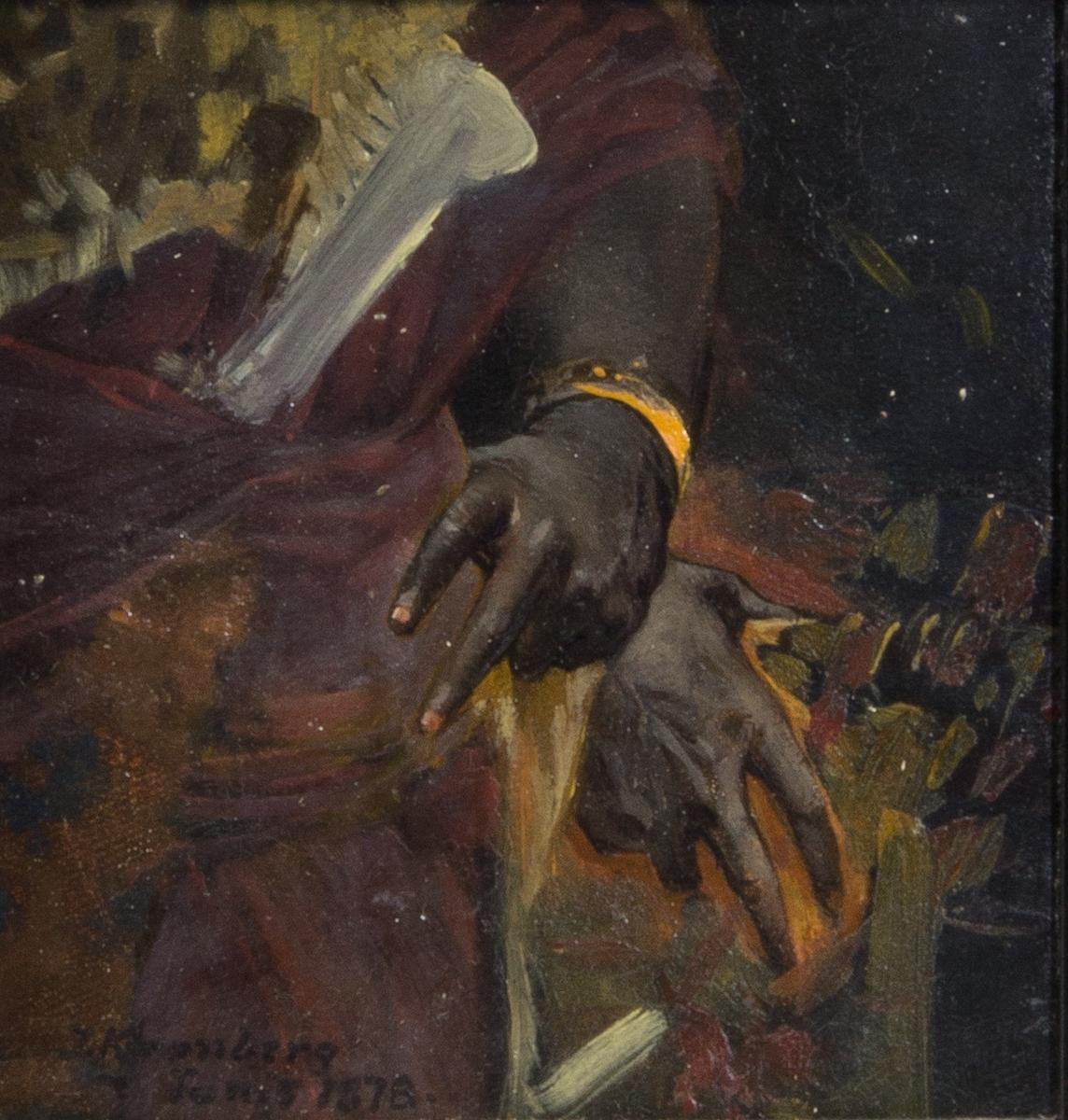 Vänstra sidan av kroppen på en färgad kvinna. Ena handen i sidan med en brandgul ring om handleden.