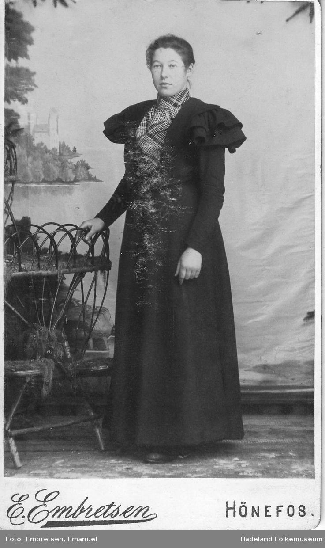 Portrett av Hilda Monsen f. 1878