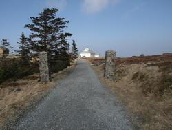 Radiostasjoner. Rundemanen, senderstasjon Bergen radio, portstolper (Foto/Photo)