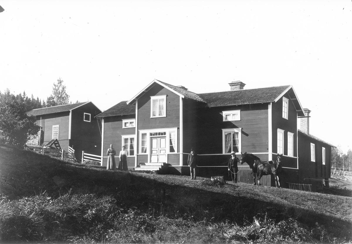 """""""Sörgårds"""" i Växbo."""