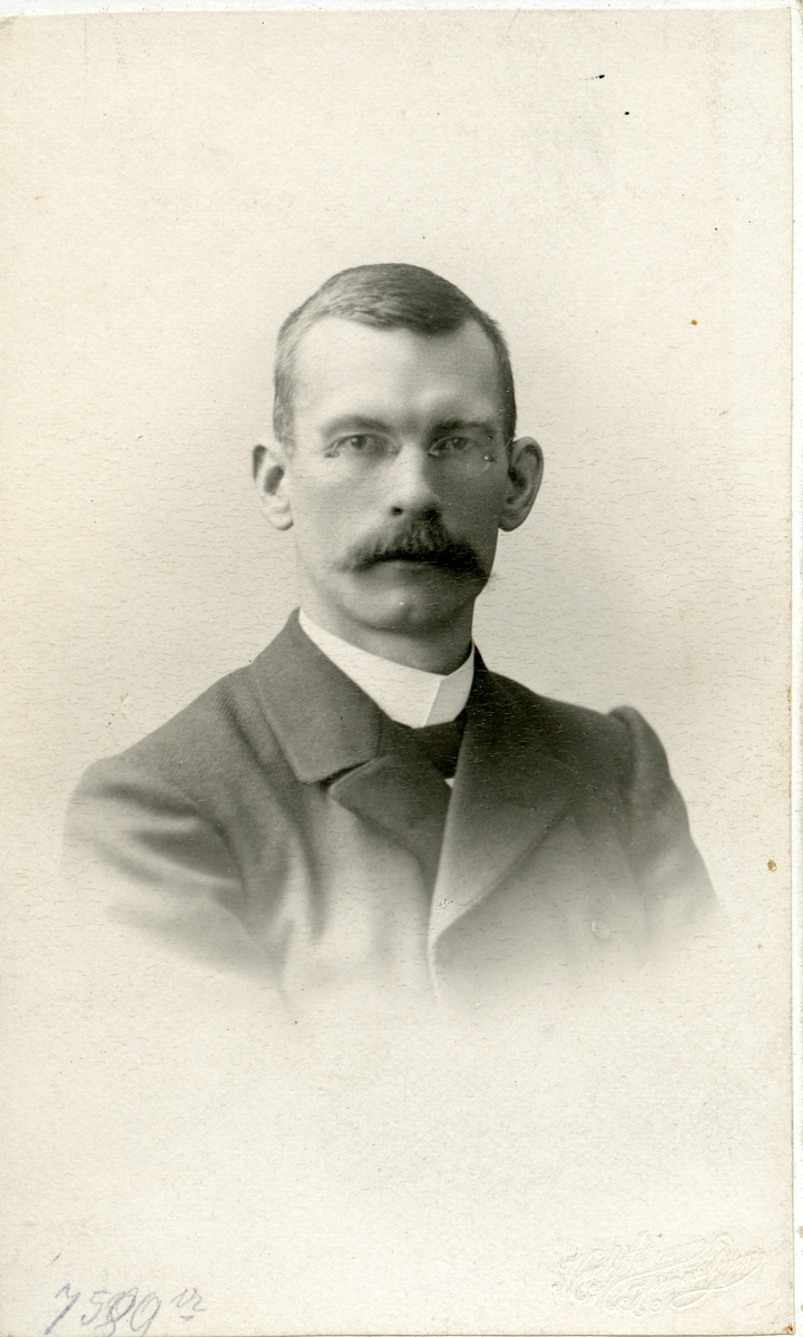 Paul Bernhard Paulsen.