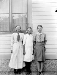 Elever vid Isby skola, Simtuna socken, Uppland 1917