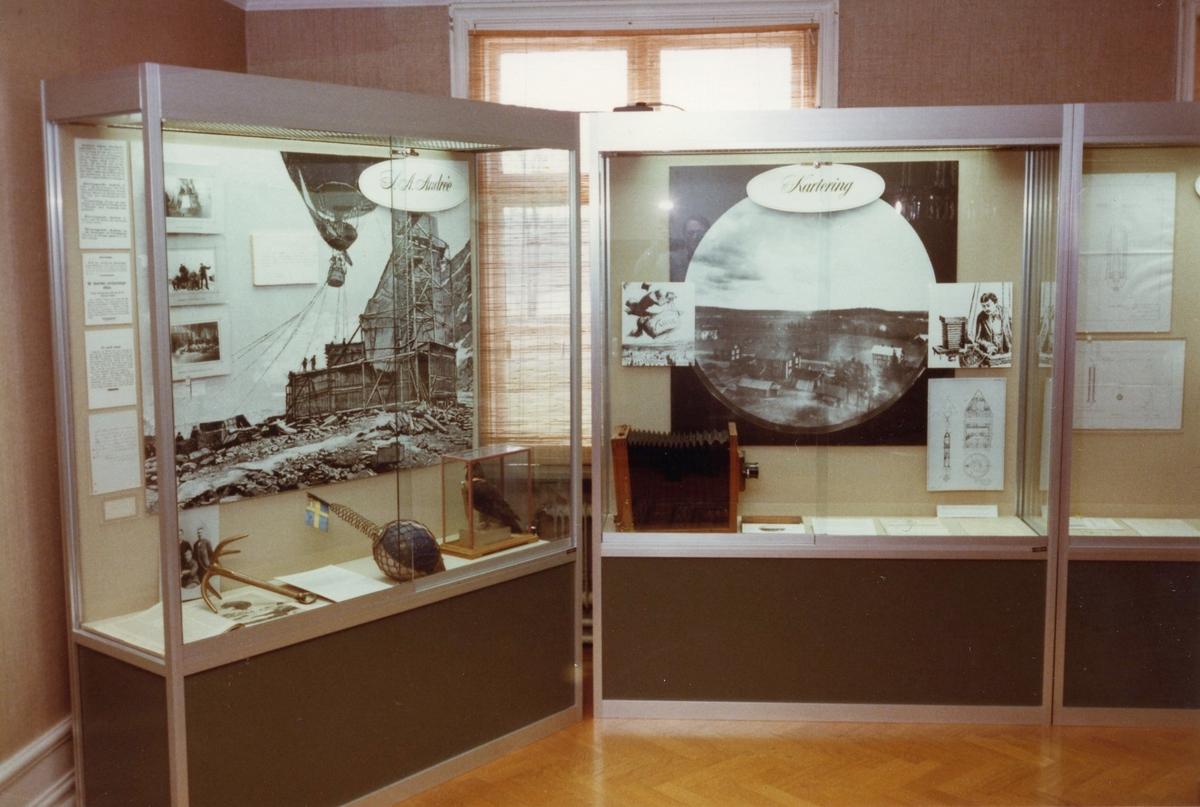 Studiebesök vid Bofors Nobelmuseum. Interiör, montrar.