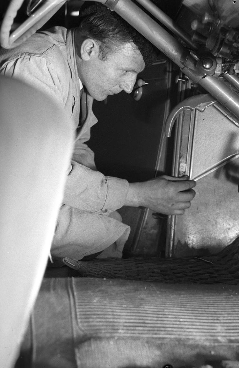 Biltjänst i Gävle AB. Ny fläktanordning till motorn. 17 januari 1950.