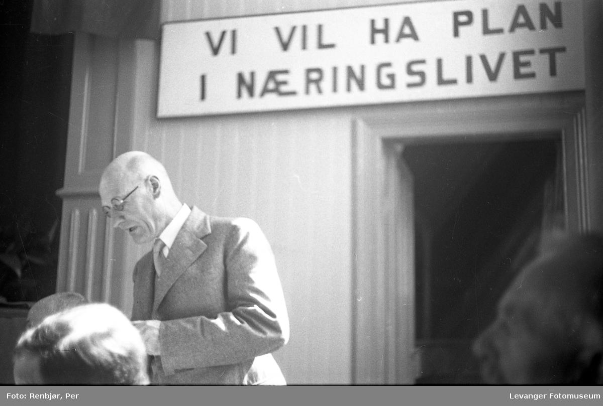 """Festiviteten Levanger: """"Vi vil ha plan i næringslivet"""", folkemøte."""