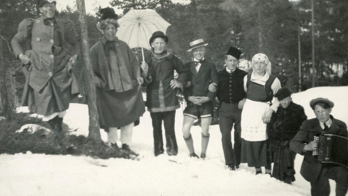 fancy dress show at Persløkka