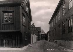 Postkort. Eldre bebyggelse i Oslo flyttet til  Gamlebyen, NF