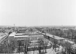 Del av centrala Gävle från Trefaldighetskyrkans torn mot öst