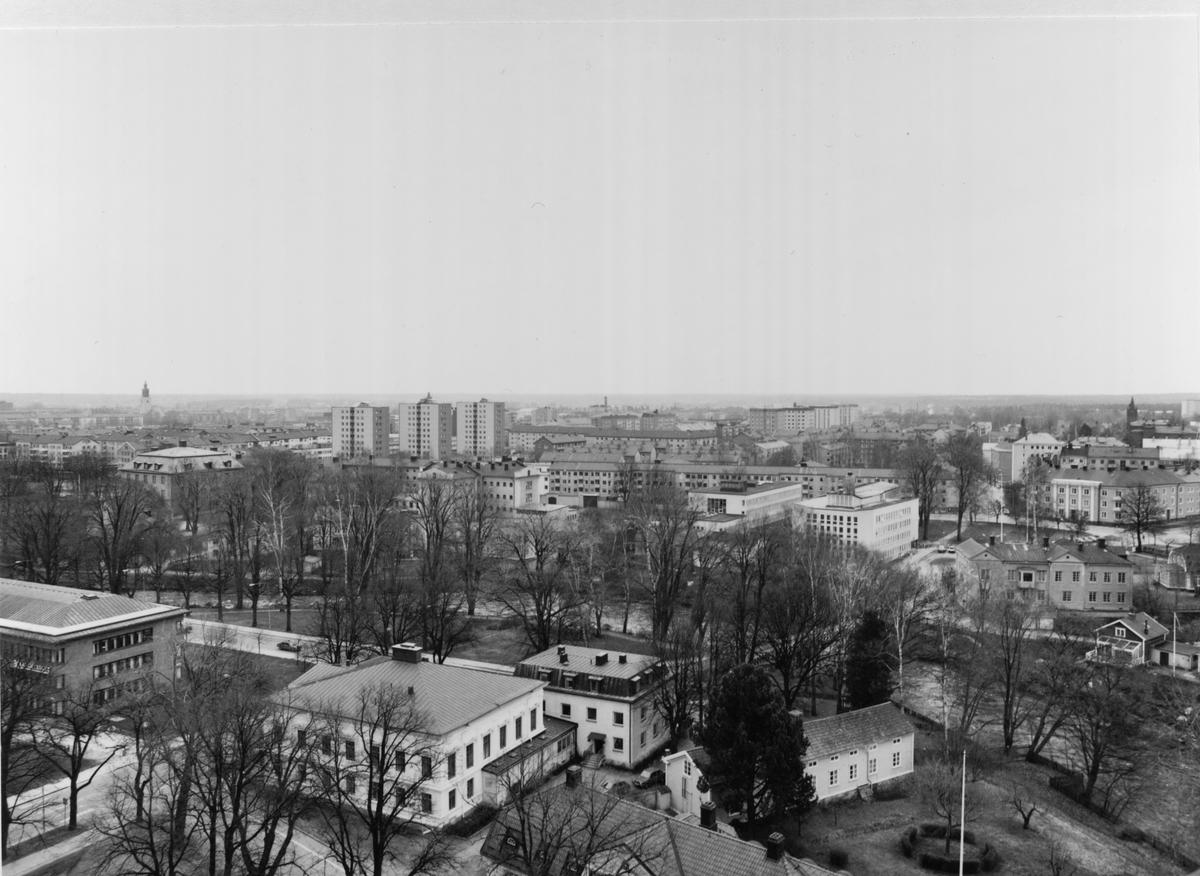 Parti av centrum från Trefaldighetskyrkans torn mot sydost.