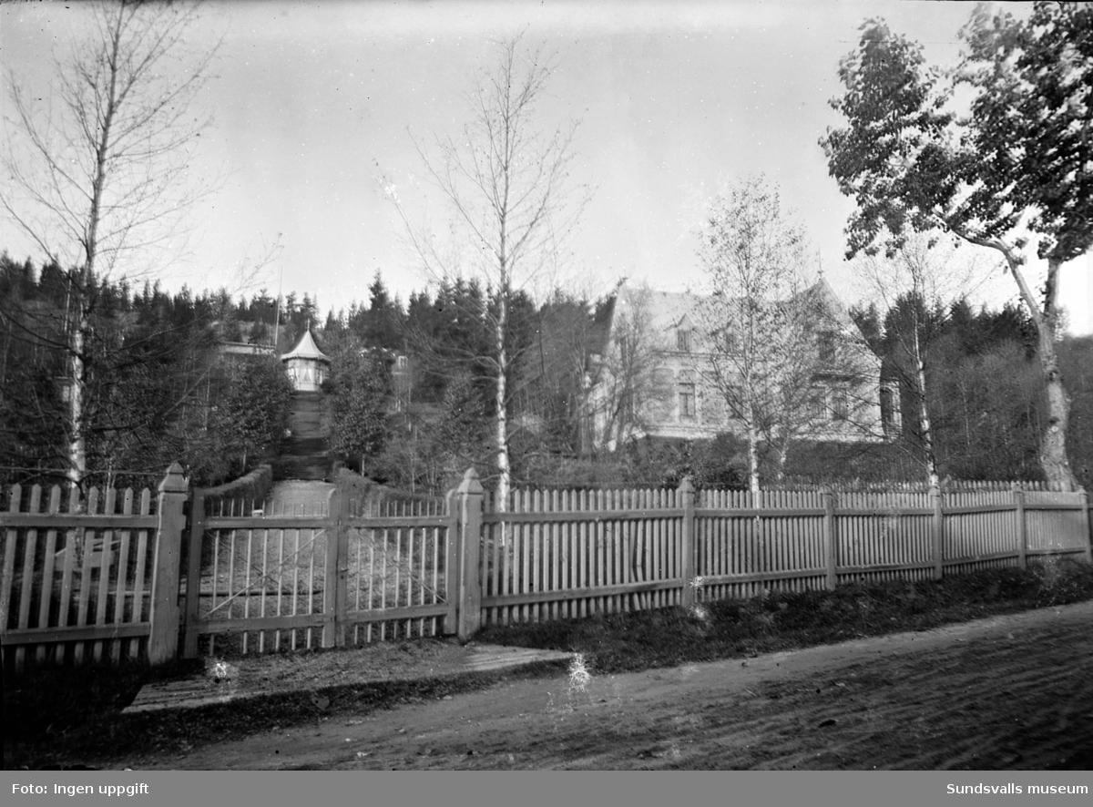 Villa Annehill, Tivolivägen 17. Staket och grind till tomten.