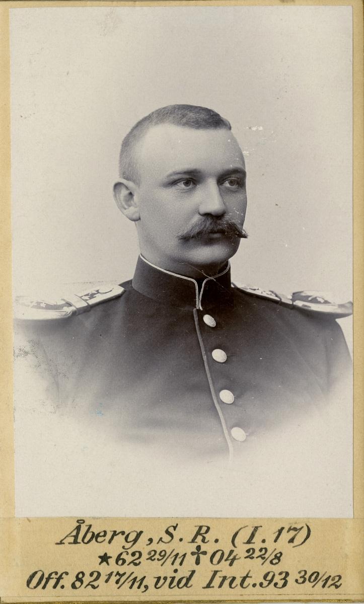 Porträtt av Sven Ragnar Åberg, officer vid Bohusläns regemente I 17 och Intendenturkåren.
